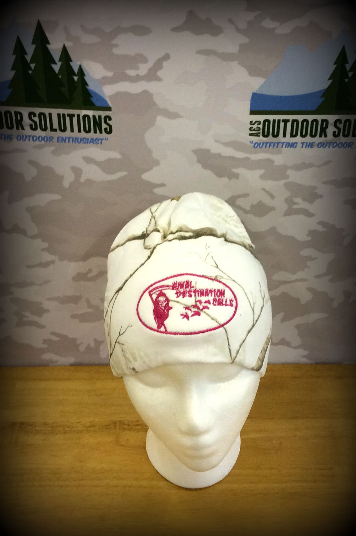 White Snow Realtree Beanie with Hot Pink Logo from Final Destination Calls